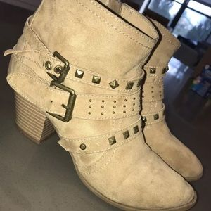 Ankle booties from Express size 8 w/ 1.5 in heel